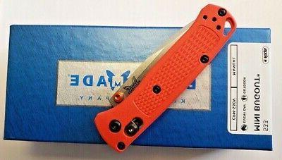 BENCHMADE FOLDING KNIFE ORANGE HANDLE CPM-S30V PLAIN BLADE