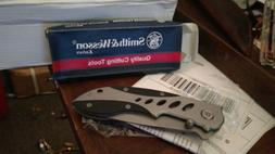 NEW Smith & Wesson CK70 Cuttin' Horse Extreme Ops Folding Kn