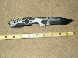 Smith & Wesson SWP17-1CP Folding Knife. NEW