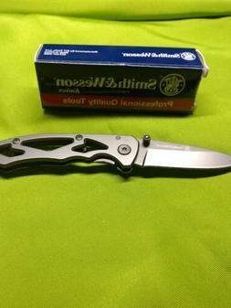 Smith Wesson CK400 Frame Lock Drop Point Folding Knife Folde